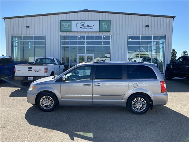 2013 Chrysler Town & Country Limited (Stk: HW993) in Fort Saskatchewan - Image 1 of 40
