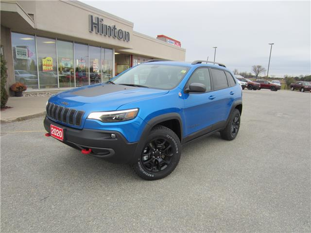 2020 Jeep Cherokee Trailhawk (Stk: 20019) in Perth - Image 1 of 17