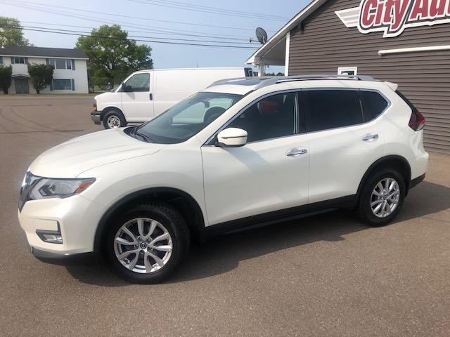 2019 Nissan Rogue SV (Stk: ) in Sussex - Image 1 of 29
