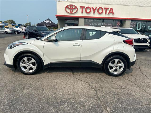 2019 Toyota C-HR Base (Stk: 2008631) in Cambridge - Image 1 of 13