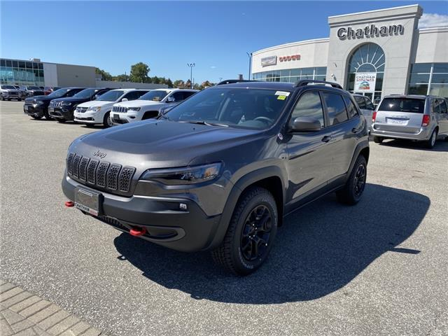 2020 Jeep Cherokee Trailhawk (Stk: N04725) in Chatham - Image 1 of 17