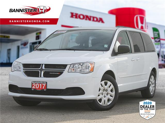 2017 Dodge Grand Caravan CVP/SXT (Stk: P20-089) in Vernon - Image 1 of 11