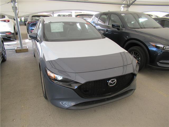 2021 Mazda Mazda3 Sport GS (Stk: M2902) in Calgary - Image 1 of 1