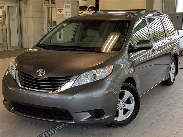 2015 Toyota Sienna LE 8 Passenger (Stk: 22401A) in Kingston - Image 1 of 30