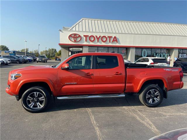 2017 Toyota Tacoma  (Stk: 2010271) in Cambridge - Image 1 of 13