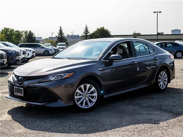 2020 Toyota Camry Hybrid LE (Stk: 03111) in Waterloo - Image 1 of 20