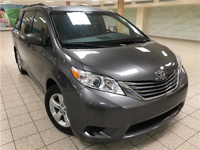 2017 Toyota Sienna LE 8 Passenger (Stk: 201423A) in Calgary - Image 1 of 21