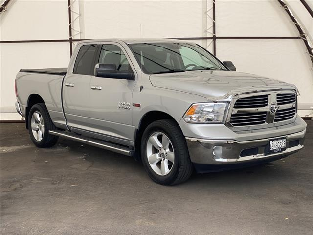 2015 RAM 1500 SLT (Stk: 17062A) in Thunder Bay - Image 1 of 14
