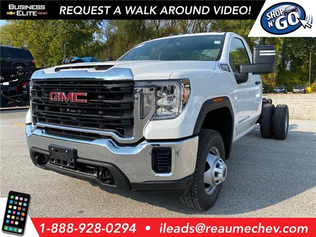 2020 GMC Sierra 3500HD Chassis Base (Stk: 20-0750) in LaSalle - Image 1 of 7