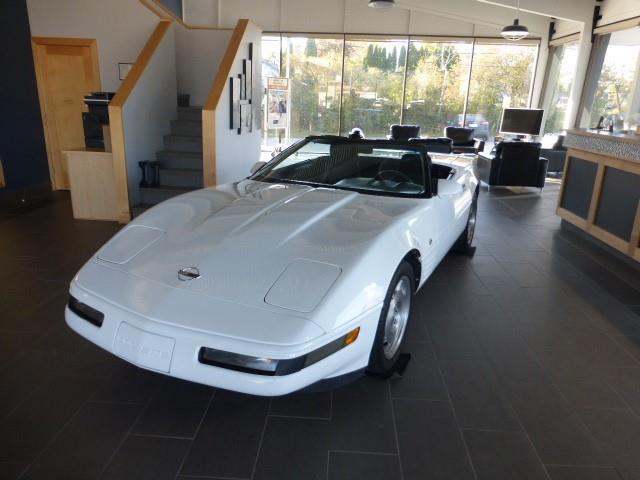 1993 Chevrolet Corvette BASE (Stk: 19910L) in Creston - Image 1 of 14