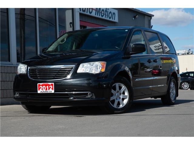 2012 Chrysler Town & Country  (Stk: 20904) in Chatham - Image 1 of 26