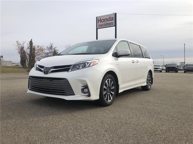 2020 Toyota Sienna XLE 7-Passenger (Stk: P20-027) in Grande Prairie - Image 1 of 15