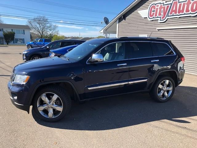 2012 Jeep Grand Cherokee Limited (Stk: ) in Sussex - Image 1 of 30