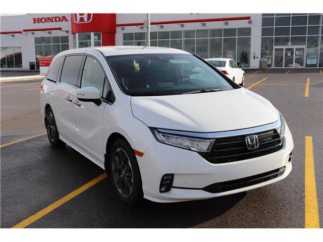 2021 Honda Odyssey Touring (Stk: 2210010) in Calgary - Image 1 of 10