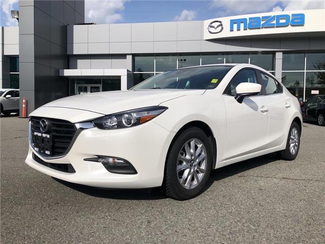 2017 Mazda Mazda3 GS (Stk: 174484J) in Surrey - Image 1 of 15
