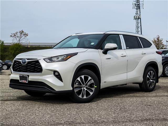 2021 Toyota Highlander Hybrid XLE (Stk: 15044) in Waterloo - Image 1 of 20