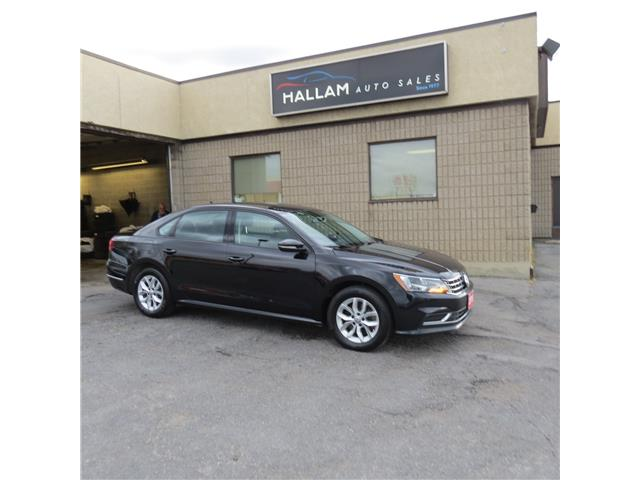 2018 Volkswagen Passat 2.0 TSI Trendline+ (Stk: ) in Kingston - Image 1 of 18
