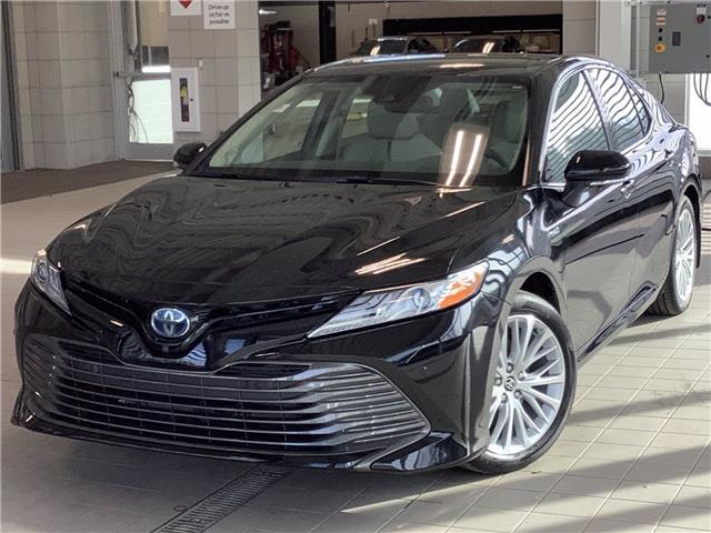 2020 Toyota Camry Hybrid XLE (Stk: 22452) in Kingston - Image 1 of 29