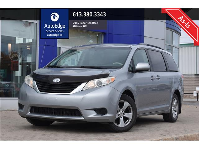 2011 Toyota Sienna LE 7 Passenger (Stk: A0372) in Ottawa - Image 1 of 7