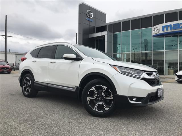 2017 Honda CR-V Touring (Stk: UM2476) in Chatham - Image 1 of 24