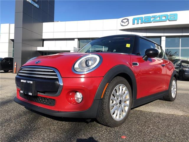 2015 MINI 3 Door Cooper (Stk: 301025J) in Surrey - Image 1 of 15