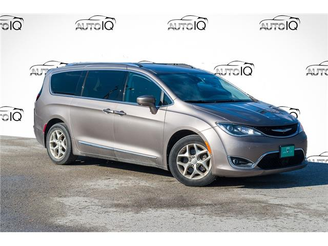 2017 Chrysler Pacifica Touring-L Plus (Stk: 27787U) in Barrie - Image 1 of 28