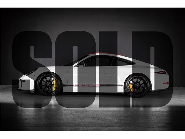 2016 Porsche 911 Coupe (Stk: MC0635B) in Woodbridge - Image 1 of 23