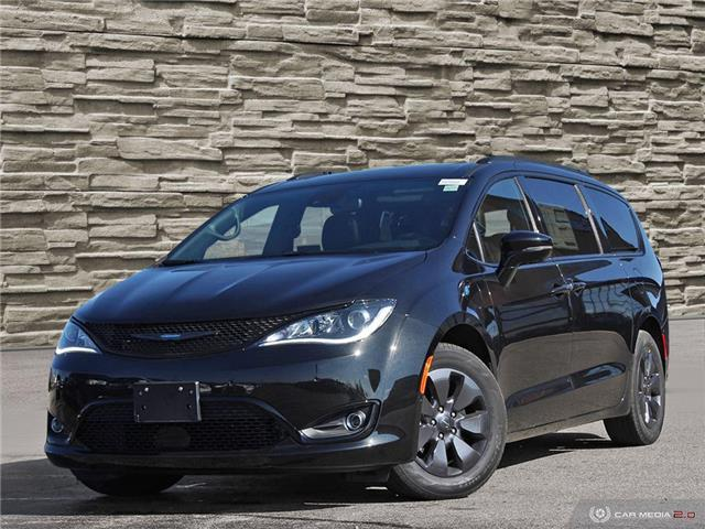 2020 Chrysler Pacifica Hybrid Limited (Stk: P2534) in Brantford - Image 1 of 26