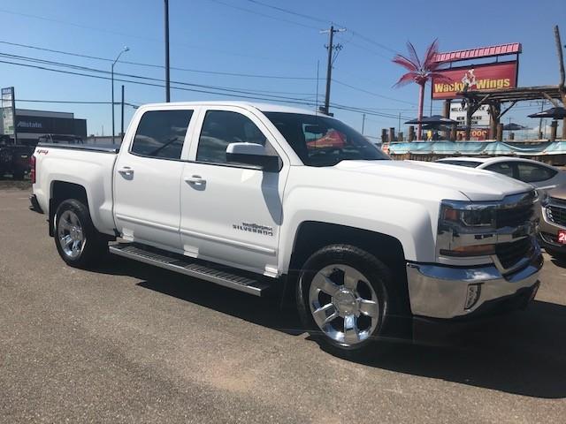 2018 Chevrolet Silverado 1500 1LT (Stk: ) in Sault Ste. Marie - Image 1 of 32