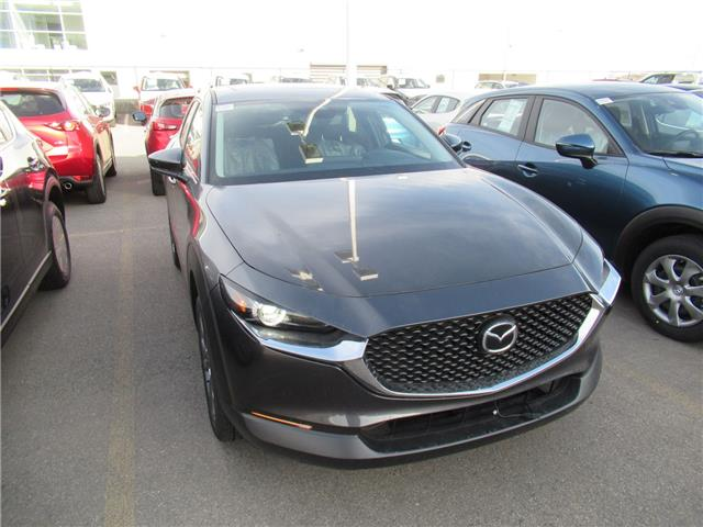 2021 Mazda CX-30 GS (Stk: M2982) in Calgary - Image 1 of 1