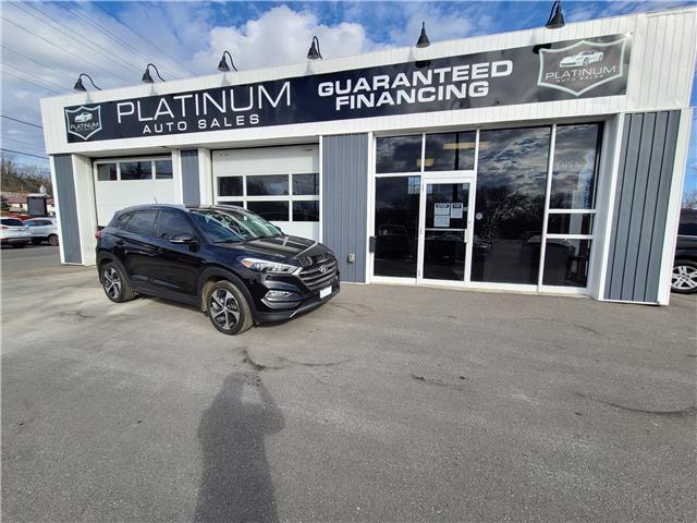 2016 Hyundai Tucson Premium 1.6 (Stk: 046322) in Kingston - Image 1 of 11