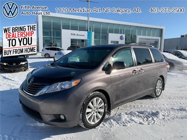2012 Toyota Sienna XLE 7 Passenger (Stk: 21042A) in Calgary - Image 1 of 25