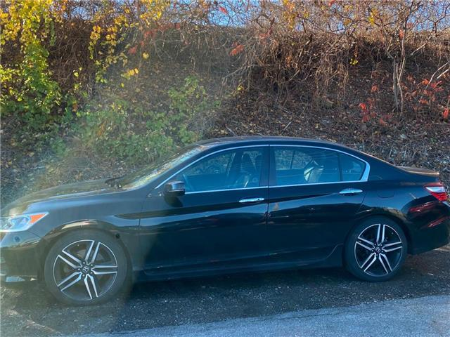 2016 Honda Accord Sport (Stk: K1139A) in London - Image 1 of 15