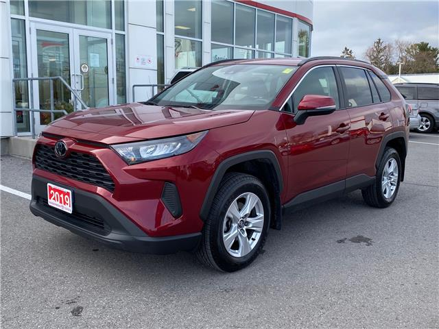 2019 Toyota RAV4 LE (Stk: W5208) in Cobourg - Image 1 of 23