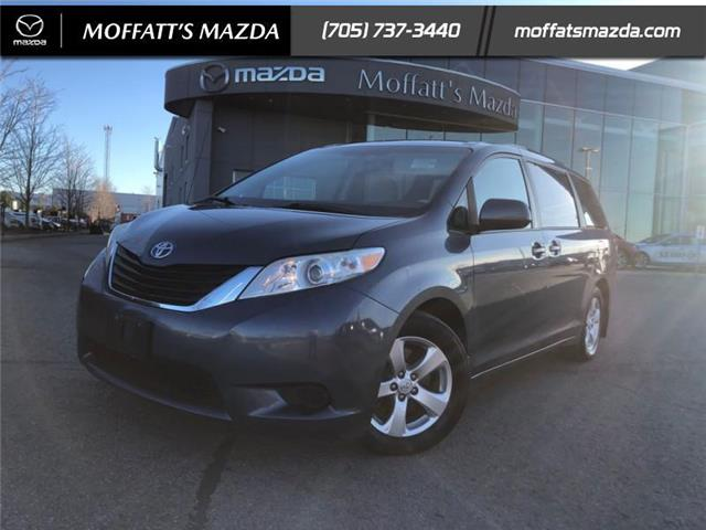 2014 Toyota Sienna LE 8 Passenger (Stk: 28752) in Barrie - Image 1 of 23