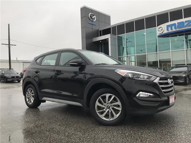 2018 Hyundai Tucson Premium 2.0L (Stk: UM2510) in Chatham - Image 1 of 17