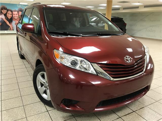 2015 Toyota Sienna LE 8 Passenger (Stk: 201424A) in Calgary - Image 1 of 11