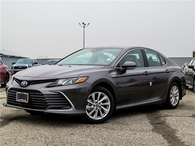 2021 Toyota Camry Hybrid LE (Stk: 13002) in Waterloo - Image 1 of 19