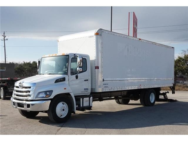 2017 Hino 338  (Stk: ST3S13006T) in Barrie - Image 1 of 14