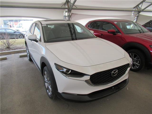2021 Mazda CX-30 GS (Stk: M3113) in Calgary - Image 1 of 1