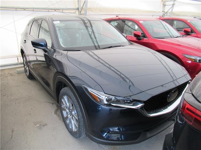 2021 Mazda CX-5 GT w/Turbo (Stk: M3011) in Calgary - Image 1 of 1