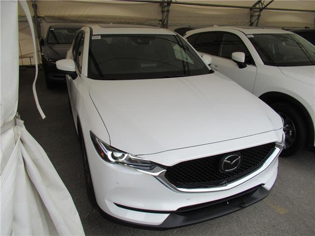 2021 Mazda CX-5 Signature (Stk: M3042) in Calgary - Image 1 of 1