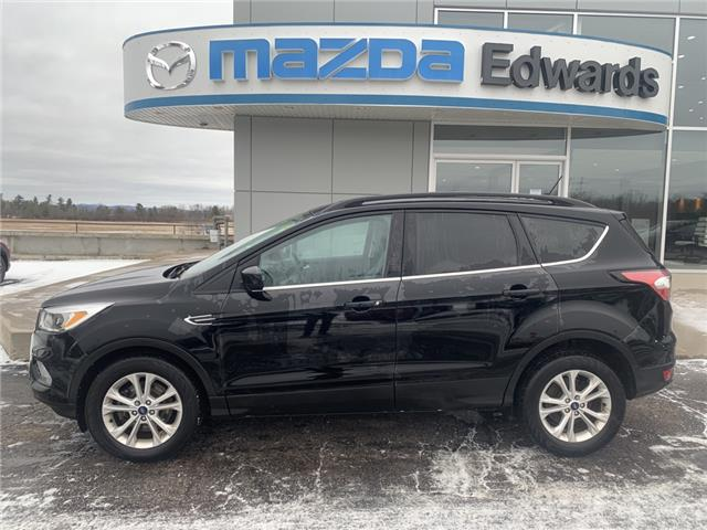 2018 Ford Escape SE (Stk: 22532) in Pembroke - Image 1 of 10
