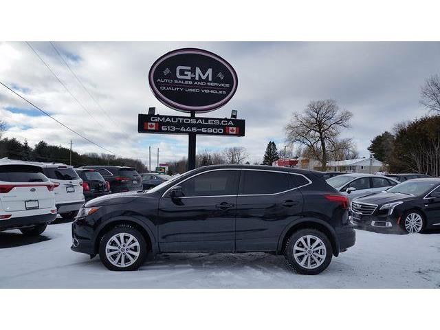 2019 Nissan Qashqai SV (Stk: KW319087) in Rockland - Image 1 of 13