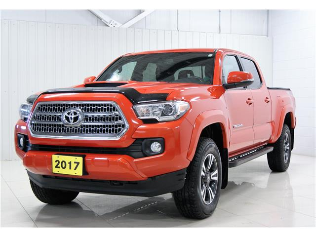 2017 Toyota Tacoma SR5 (Stk: P6186) in Sault Ste. Marie - Image 1 of 16