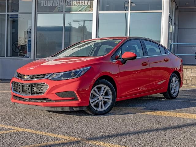 2017 Chevrolet Cruze LT Manual (Stk: P10074) in Ottawa - Image 1 of 18
