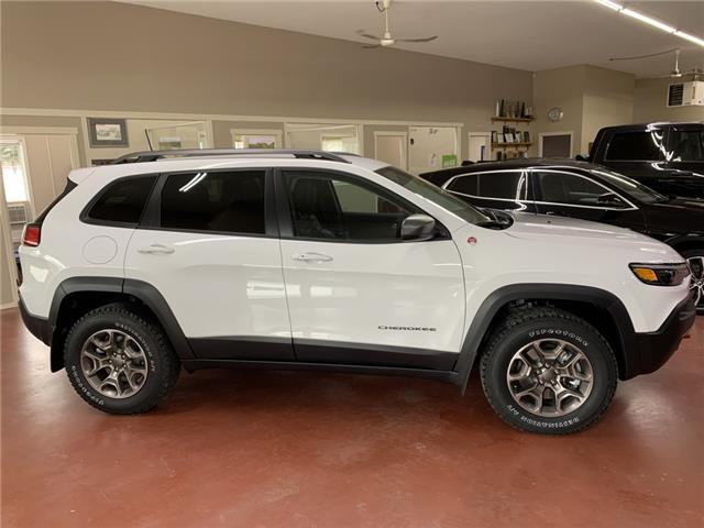 2021 Jeep Cherokee Trailhawk (Stk: T21-21) in Nipawin - Image 1 of 16