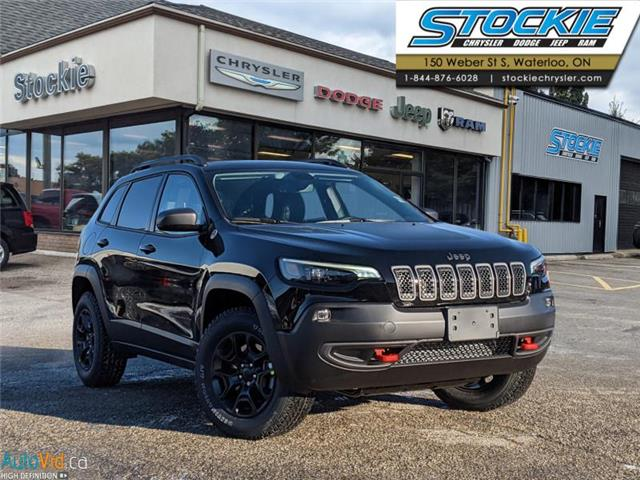 2021 Jeep Cherokee Trailhawk (Stk: 35567) in Waterloo - Image 1 of 16