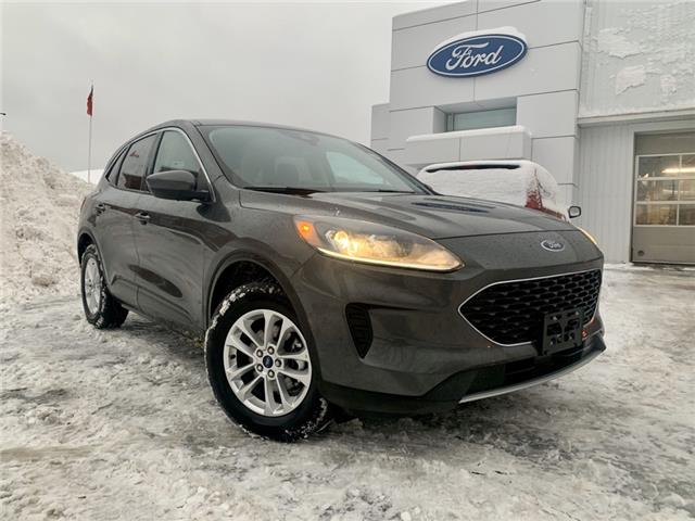 2020 Ford Escape SE (Stk: 020252) in Parry Sound - Image 1 of 18
