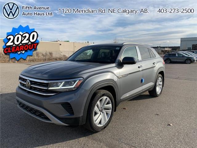 2020 Volkswagen Atlas Cross Sport 3.6 FSI Execline (Stk: 20208) in Calgary - Image 1 of 32